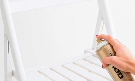 How to paint wood with spray or aerosol