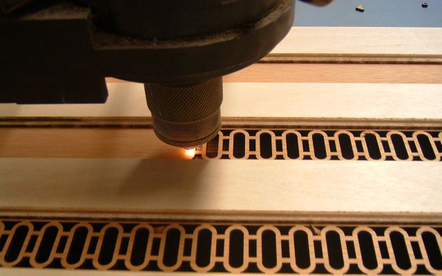 LASER WOOD CUTTING: What is it, advantages and disadvantages
