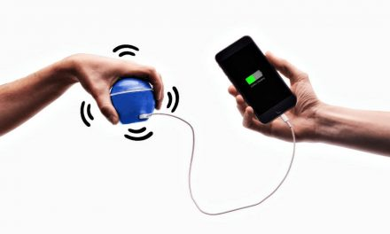 HandEnergy, the pocket charger that generates energy when you move it