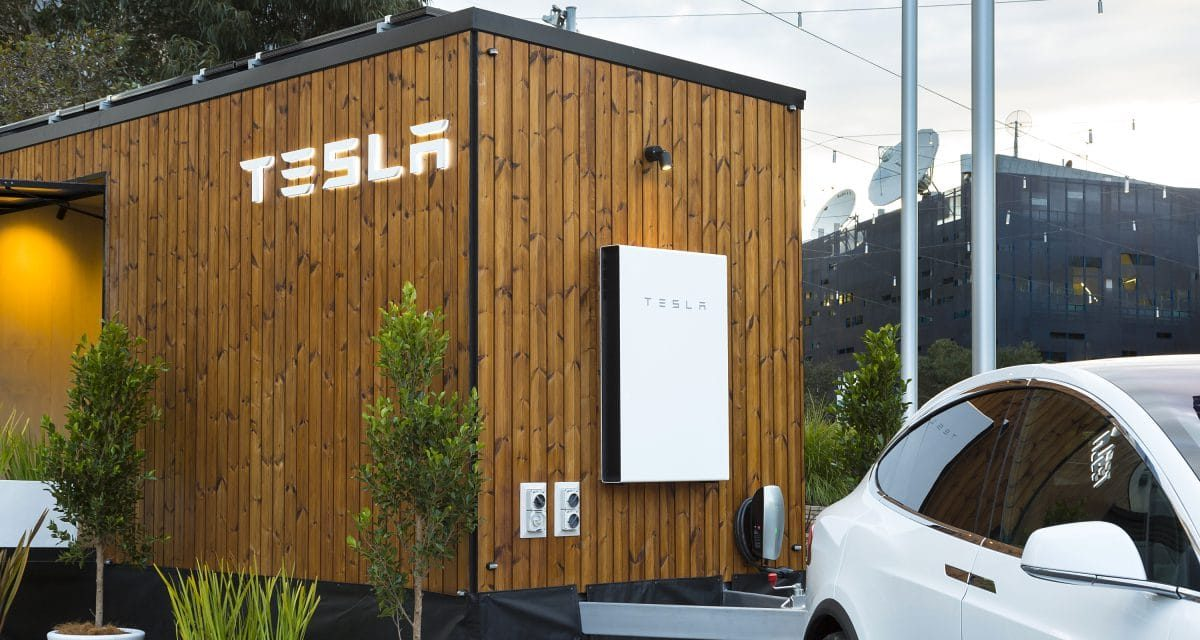 Tesla's self-sufficient solar micro-house presented by Model X in Australia