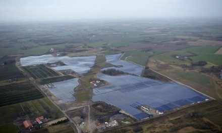 The world's largest solar thermal power plant meets the heating needs of 4,400 Danish homes