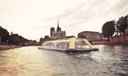 Floating Gym, a floating gym that uses human energy to navigate Paris
