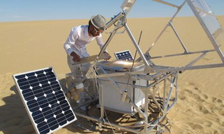 Solar Sinter: the 3D printer that turns the sun and sand into glass