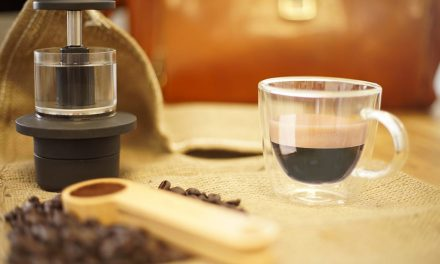 The smallest coffee maker in the world, it does not need electricity, capsules or filters