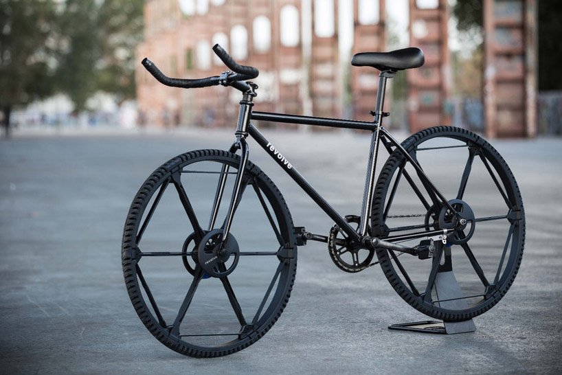 A flat tire airless folding bicycle tire