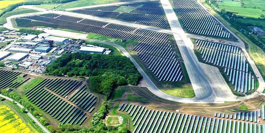 Spain's largest photovoltaic power plant about to start construction