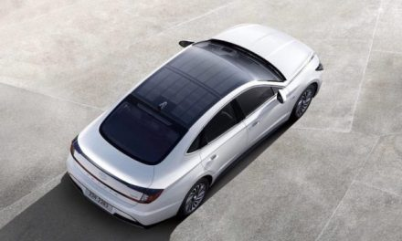 Hyundai's new sunroof will provide 1,300 km of free driving per year