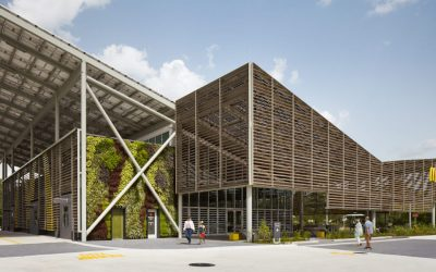 McDonald's first zero-emission restaurant thanks to a Spanish photovoltaic glass coating