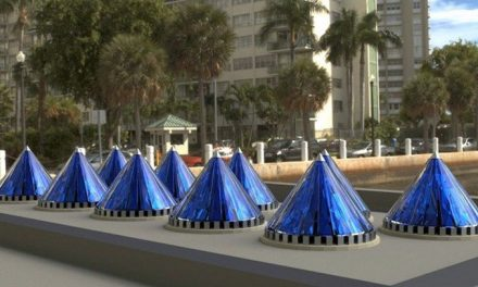 V3Solar's rotating solar cells generate 20 times more electricity than conventional flat cells