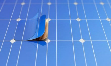 Double thin film solar cells with 34% efficiency