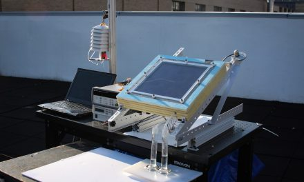 "MIT's New Solar System Extracts Drinking Water From ""Dry"" Air"