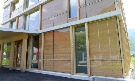 Solar activated facade, super efficient panels for high performance insulation thanks to the sun