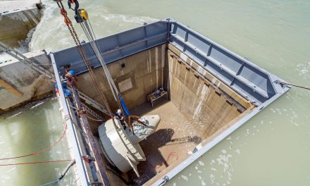 The world's first hydroelectric power station is connected to the grid