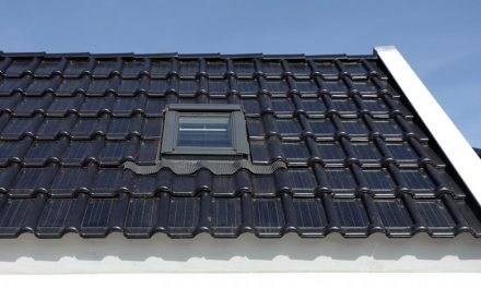 Dutch company manufactures photovoltaic solar panels embedded in ceramic tiles