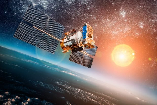 China to build space station to produce photovoltaic energy and send it to Earth