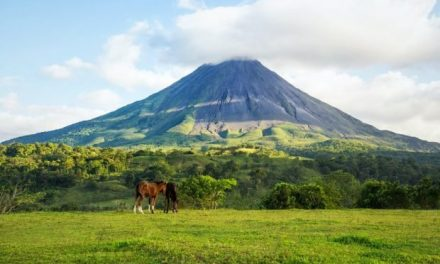 This is Costa Rica's plan to become the world's first plastic and carbon-free country by 2021