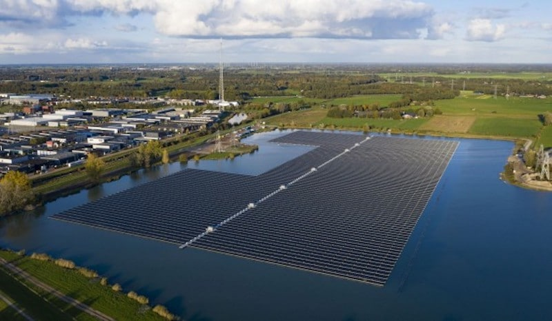 BayWa re floating solar power plants, a record for express installations