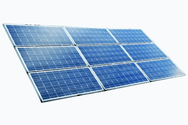 What are the standard dimensions of photovoltaic solar panels?